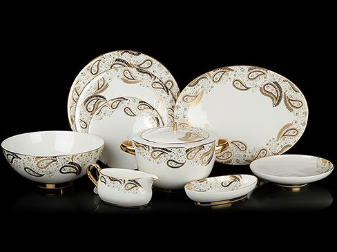 59 pieces dinner set decorated with swarovski crystals