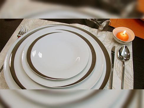 63 pieces dinner set